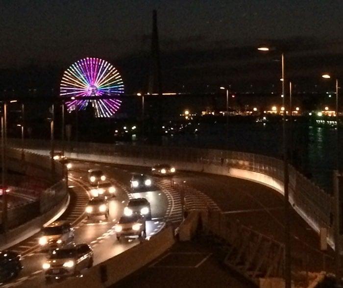 大阪朝潮橋の阪神高速